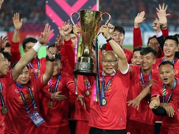 Bóng đá Việt Nam tối 11/6: Hoãn lễ bốc thăm vòng bảng AFF Cup 2020