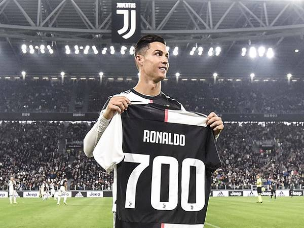 Chuyển nhượng chiều 26/8: Ronaldo có thể gia nhập Á quân Champions League
