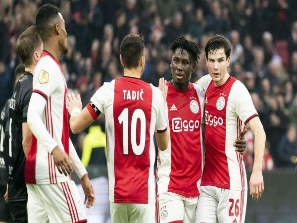 Tin thể thao tối 28/10: Sát thủ tuổi teen của Ajax của gây sốt