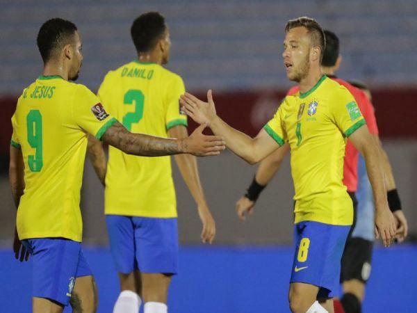 Tin thể thao trưa 18/11: Brazil đánh bại Uruguay 2 bàn không gỡ