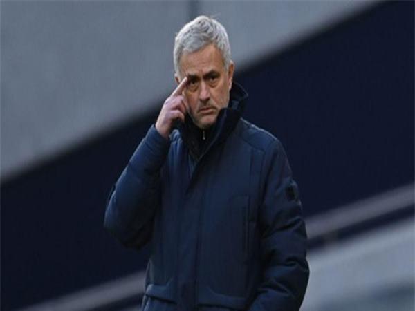 tin-the-thao-14-1-mourinho-noi-gi-sau-khi-bi-fulham-cam-hoa