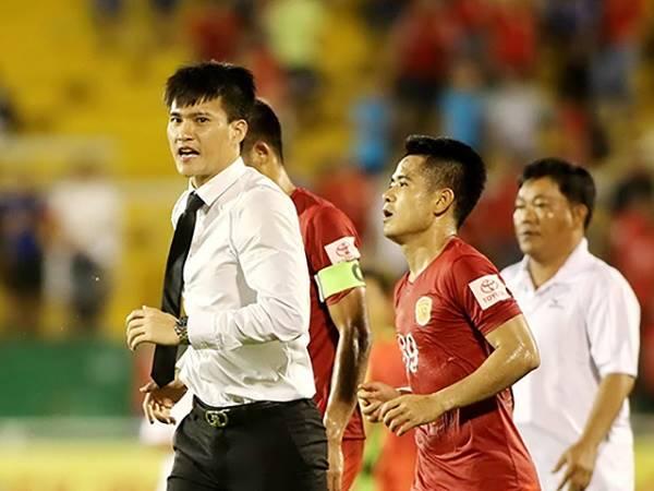 Bóng đá Việt Nam tối 17/2: Công Vinh muốn mua đội bóng V.League 2?